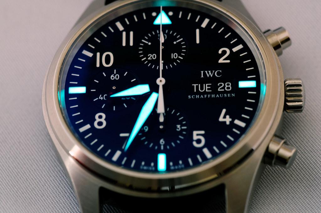 IWC 3717 watch Lume Shot