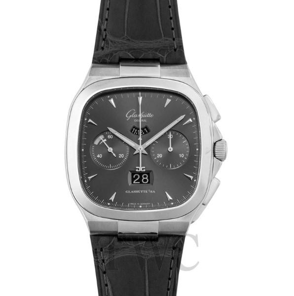 Seventies Chronograph Panorama Date Watch